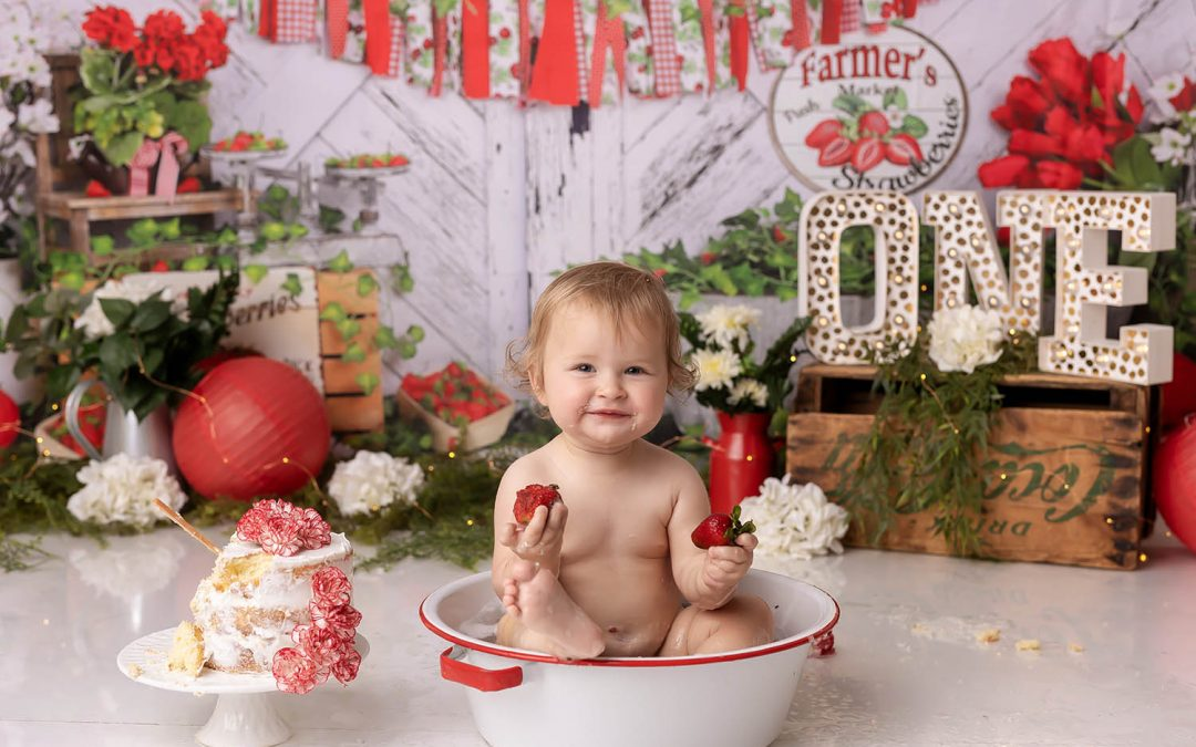 Kitchener Waterloo Strawberry Cake Smash!